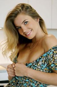 Lola Krit Stripping Her Sexy Dress