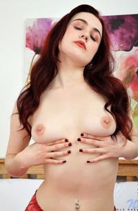 Redhead Lola Rae