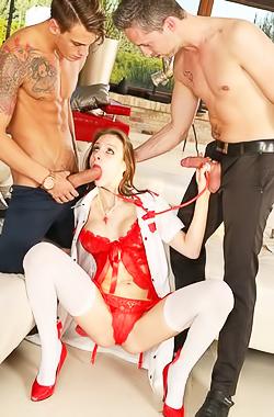 Hot Slut Mary Wet Fucked In All Holes